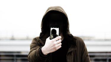 Apple kijkt mee foto's iCloud