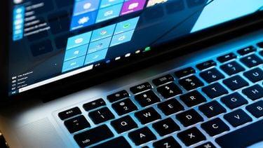 Windows MacBook 16x9