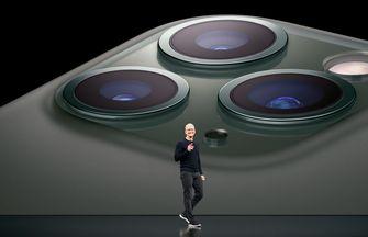 Tim Cook demonstreert de camera van iPhone 11