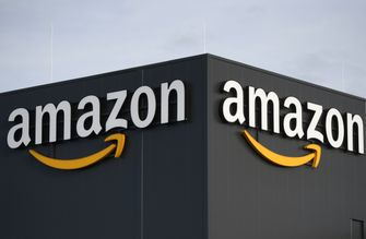 Amazon iPhone 11 deal
