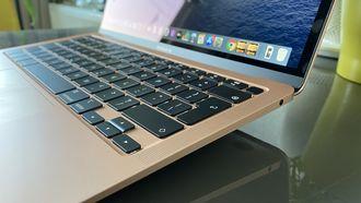 MacBook Air 2020 review - side