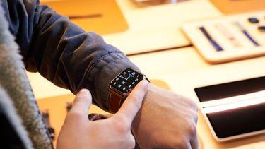 Apple Watch Series 5 hermes 16x9