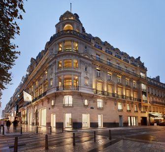 Apple Store Champs-Élysées buitenkant