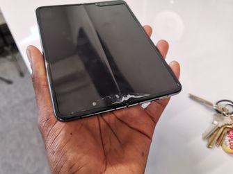 Samsung Galaxy Fold MKBHD