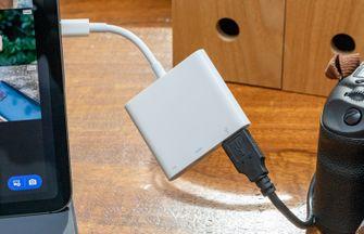 iPad Pro 2018 USB-C adapter